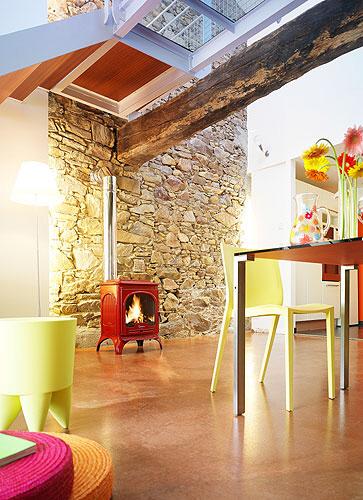 Seville_in_room_set